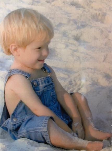 Baby Gunner at beach_1250.jpg